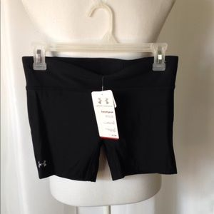 Under Armour heat gear workout shorts